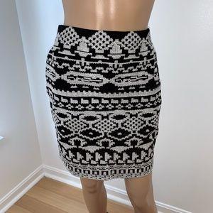 XOXO skirt, size M